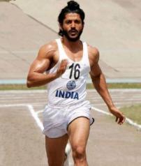 farhan-akhtar-running-pose-still-bhaag-milkha-bhaag-movie